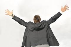 Επιχειρηματίας νικητών που κραυγάζει από τη χαρά Στοκ φωτογραφία με δικαίωμα ελεύθερης χρήσης
