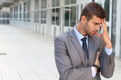 Επιχειρηματίας που έχει ένα σημαντικό δίλημμα Στοκ Εικόνα