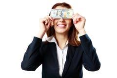 Επιχειρηματίας που έχει τη διασκέδαση με τα αμερικανικά δολάρια στοκ εικόνα