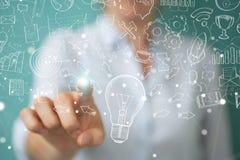 Επιχειρηματίας που αγγίζει και που κρατά το σκίτσο lightbulb Στοκ Εικόνες