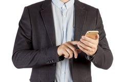 Επιχειρηματίας που καλεί τηλεφωνικώς απομονωμένος στο άσπρο υπόβαθρο Άτομο σε μια κινηματογράφηση σε πρώτο πλάνο επιχειρησιακών κ Στοκ Φωτογραφία