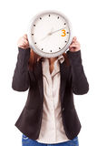 Επιχειρηματίας που κρατά ένα ρολόι Στοκ φωτογραφία με δικαίωμα ελεύθερης χρήσης