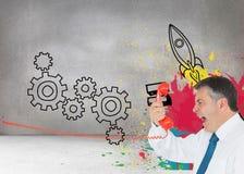 Επιχειρηματίας που κραυγάζει άμεσα στο μικροτηλέφωνο Στοκ εικόνα με δικαίωμα ελεύθερης χρήσης