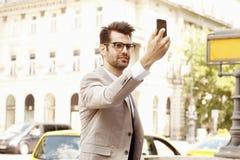 Επιχειρηματίας που παίρνει selfie Στοκ Εικόνα