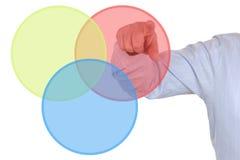 Επιχειρηματίας που παρουσιάζει διάγραμμα επιχειρησιακών διαγραμμάτων Στοκ Φωτογραφίες