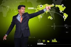 Επιχειρηματίας που παρουσιάζει κοινωνική επιχειρησιακή σύνδεση Στοκ Εικόνα