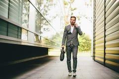 επιχειρηματίας που πηγαί& Στοκ Εικόνα