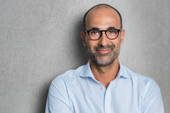 Επιχειρηματίας που φορά eyeglasses Στοκ Εικόνα