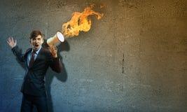 Επιχειρηματίας που φωνάζει megaphone Στοκ φωτογραφία με δικαίωμα ελεύθερης χρήσης