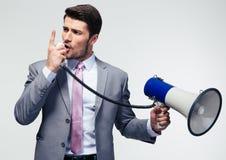 Επιχειρηματίας που φωνάζει megaphone Στοκ εικόνες με δικαίωμα ελεύθερης χρήσης