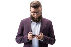 Επιχειρηματίας που χρησιμοποιεί το smartphone Στοκ φωτογραφίες με δικαίωμα ελεύθερης χρήσης