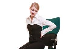 Επιχειρηματίας τον πόνο στην πλάτη πόνου στην πλάτη που απομονώνεται με Στοκ Φωτογραφία