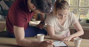 Επιχειρηματίες ερωτευμένοι απόθεμα βίντεο