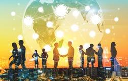 Επιχειρηματίες και δίκτυο, πόλη στοκ εικόνες με δικαίωμα ελεύθερης χρήσης