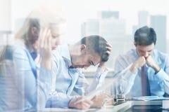 Επιχειρηματίες που έχουν το πρόβλημα στην αρχή Στοκ Εικόνες