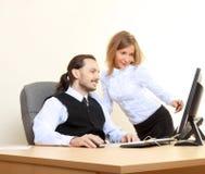 Επιχειρηματίες που εργάζονται στο γραφείο Στοκ Εικόνες