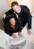 επιχειρηματίες που εργά& Στοκ φωτογραφία με δικαίωμα ελεύθερης χρήσης