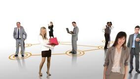 Επιχειρηματίες που συνδέουν στο άσπρο υπόβαθρο φιλμ μικρού μήκους
