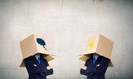 Επιχειρηματίες που φορούν τα κιβώτια Στοκ Εικόνες