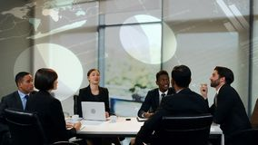 Επιχειρηματίες σε μια συνεδρίαση φιλμ μικρού μήκους