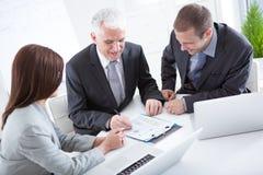 Επιχειρηματίες στην εργασία στοκ φωτογραφίες