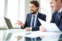 Επιχειρηματίες στην εργασία Στοκ φωτογραφία με δικαίωμα ελεύθερης χρήσης