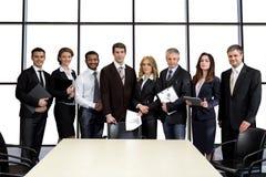 Επιχειρηματίες στη αίθουσα συνδιαλέξεων στοκ εικόνες