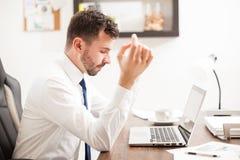 Επιχειρηματιών σε ένα γραφείο Στοκ εικόνα με δικαίωμα ελεύθερης χρήσης