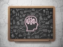 Επιχειρησιακή έννοια: Κεφάλι με το σύμβολο χρηματοδότησης επάνω Στοκ φωτογραφία με δικαίωμα ελεύθερης χρήσης