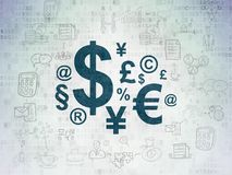 Επιχειρησιακή έννοια: Σύμβολο χρηματοδότησης στο υπόβαθρο εγγράφου ψηφιακών στοιχείων Στοκ εικόνα με δικαίωμα ελεύθερης χρήσης