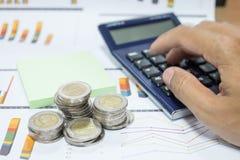 Επιχειρησιακή έννοια της παραγωγής των χρημάτων στην επένδυση Στοκ Φωτογραφία