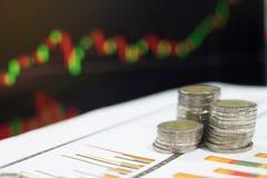 Επιχειρησιακή έννοια της παραγωγής των χρημάτων στην επένδυση Στοκ εικόνες με δικαίωμα ελεύθερης χρήσης