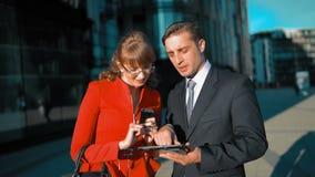 Επιχειρησιακή έννοια των επιτυχών συνεργατών απόθεμα βίντεο