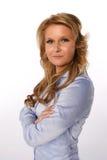 Επιχειρησιακή γυναίκα με τα όπλα που διασχίζονται Στοκ Εικόνες
