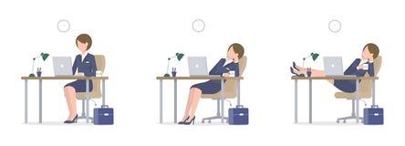 Επιχειρησιακή γυναίκα με το lap-top στα πόδια γραφείων στο επιτραπέζιο μεγάλο σύνολο ελεύθερη απεικόνιση δικαιώματος