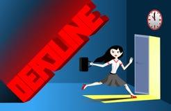 Επιχειρησιακή γυναίκα που τρέχει από την προθεσμία στοκ φωτογραφία με δικαίωμα ελεύθερης χρήσης