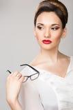 Επιχειρησιακή γυναίκα στα γυαλιά στοκ φωτογραφίες