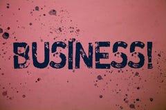 Επιχειρησιακή κλήση κειμένων γραφής Έννοια που σημαίνει το εταιρικό Occupation Entrepreneur Company ροζ μηνυμάτων ιδεών ειδικότητ Στοκ φωτογραφία με δικαίωμα ελεύθερης χρήσης