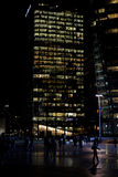 επιχειρησιακή νύχτα κτηρί&omega στοκ εικόνες