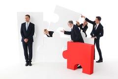 Επιχειρησιακή ομάδα και οκνηρός επιχειρηματίας Στοκ εικόνα με δικαίωμα ελεύθερης χρήσης
