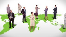 Επιχειρησιακή ομάδα που στέκεται στον παγκόσμιο χάρτη διανυσματική απεικόνιση