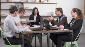 Επιχειρησιακή συνεδρίαση στο γραφείο απόθεμα βίντεο