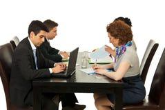 επιχειρησιακή συνεδρίαση στοκ φωτογραφία με δικαίωμα ελεύθερης χρήσης
