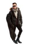 Επιχειρησιακό άτομο έτοιμο να πάει να κάνει σκι Στοκ Φωτογραφίες