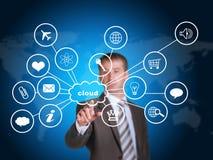 Επιχειρησιακό άτομο που δείχνει το δάχτυλό της στο σύννεφο με Στοκ εικόνες με δικαίωμα ελεύθερης χρήσης