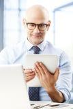 επιχειρησιακό αρσενικό πρότυπο κοστούμι Στοκ εικόνες με δικαίωμα ελεύθερης χρήσης