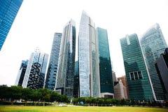 Επιχειρησιακό γραφείο ουρανοξυστών, εταιρικό κτήριο στη Σιγκαπούρη Στοκ φωτογραφία με δικαίωμα ελεύθερης χρήσης