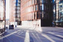 Επιχειρησιακό κέντρο, σύγχρονο επιχειρησιακό κτήριο Στοκ φωτογραφία με δικαίωμα ελεύθερης χρήσης