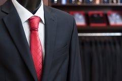 επιχειρησιακό κοστούμι σε ένα ομοίωμα Στοκ Φωτογραφίες