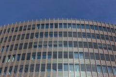 Επιχειρησιακό κτήριο, πρόσοψη κτιρίου γραφείων Στοκ Εικόνες